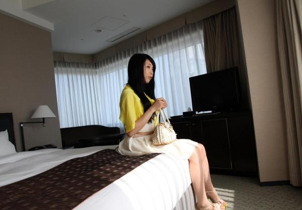 AV女優 川越ゆい 着衣セックス フェラ エロ画像a020.jpg