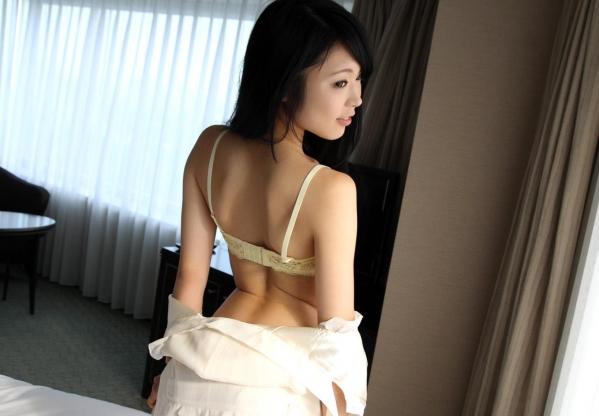 川越ゆい 色白美人が着衣と全裸でセックス2回戦画像130枚の078枚目