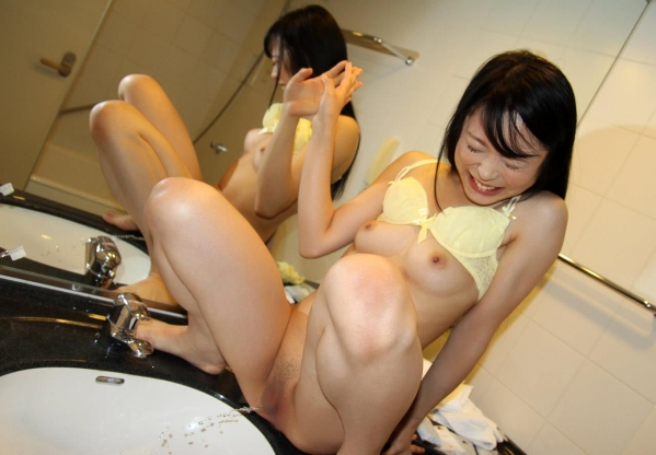 川越ゆい 色白美人が着衣と全裸でセックス2回戦画像130枚の085枚目