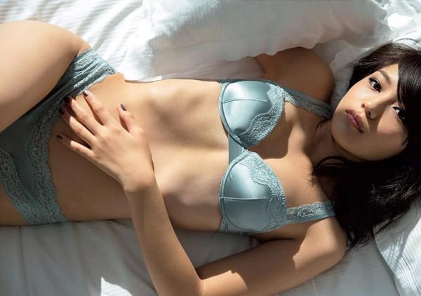 川口春奈 Aカップ美乳がキュートな水着や下着姿の画像65枚025.jpg