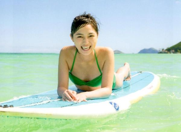 川口春奈 Aカップ美乳がキュートな水着や下着姿の画像65枚032.jpg