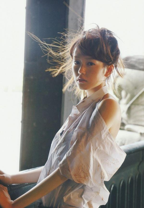 桐谷美玲 パンチラ 水着 下着 エロ画像a021.jpg