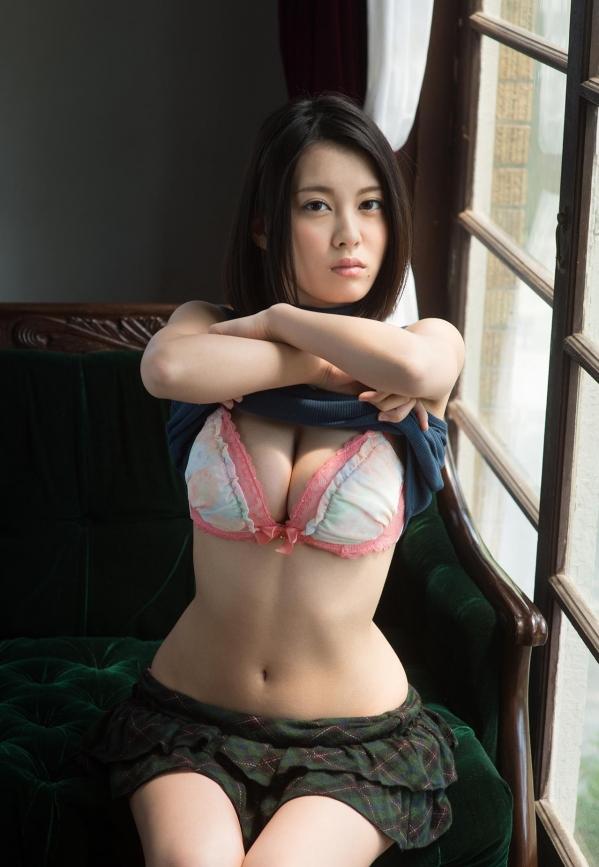 松岡ちな 小柄で美巨乳の美女ヌード画像125枚の011枚目