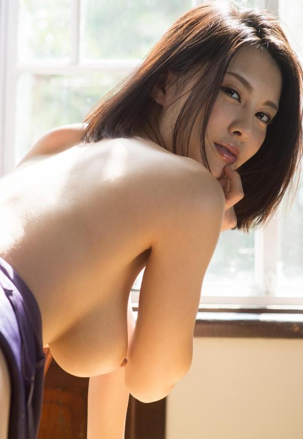松岡ちな 小柄で美巨乳の美女ヌード画像125枚の036枚目