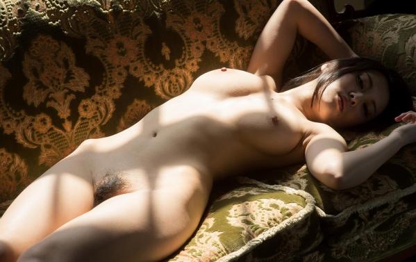 松岡ちな 小柄で美巨乳の美女ヌード画像125枚の040枚目