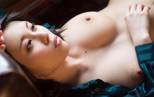 松岡ちな 小柄で美巨乳の美女ヌード画像125枚の074枚目