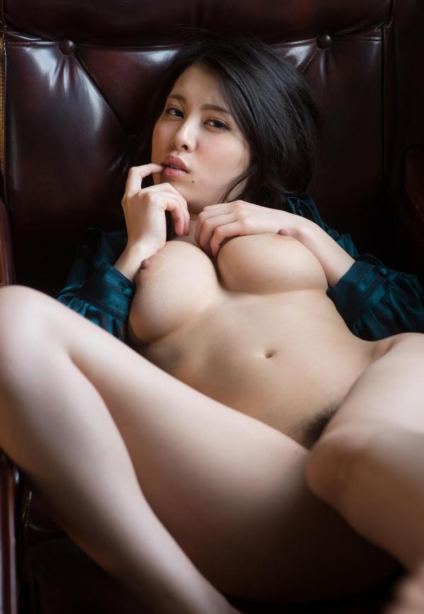 松岡ちな 小柄で美巨乳の美女ヌード画像125枚の076枚目