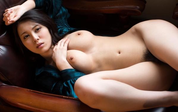 松岡ちな 小柄で美巨乳の美女ヌード画像125枚の078枚目