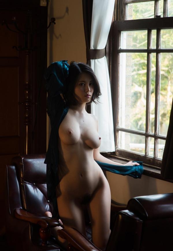 松岡ちな 小柄で美巨乳の美女ヌード画像125枚の079枚目