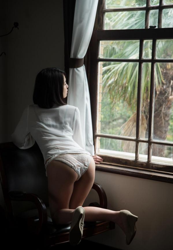 松岡ちな 小柄で美巨乳の美女ヌード画像125枚の104枚目