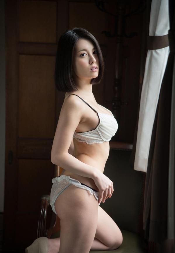 松岡ちな 小柄で美巨乳の美女ヌード画像125枚の107枚目