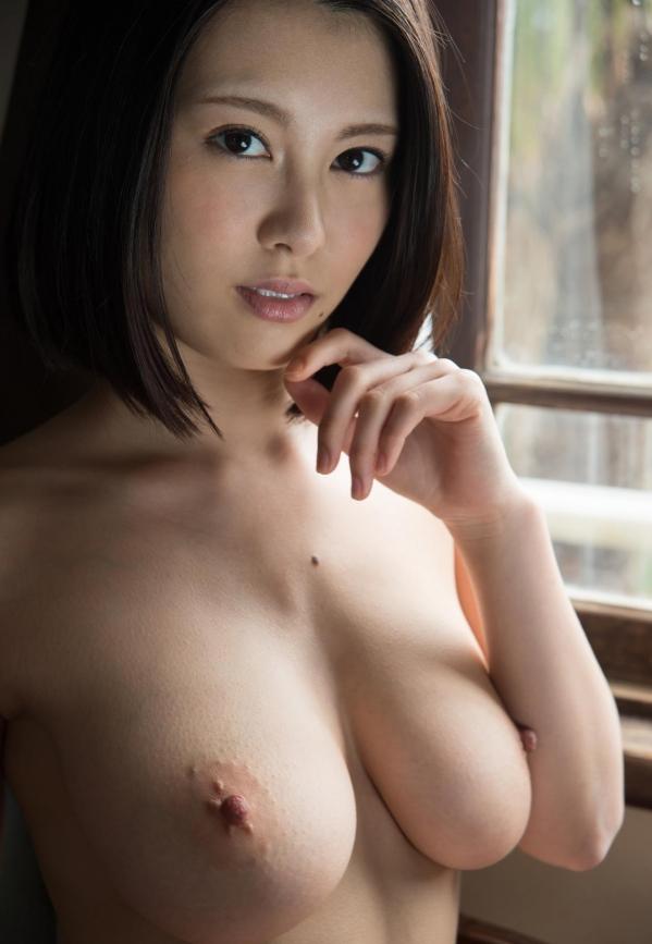 松岡ちな 小柄で美巨乳の美女ヌード画像125枚の109枚目