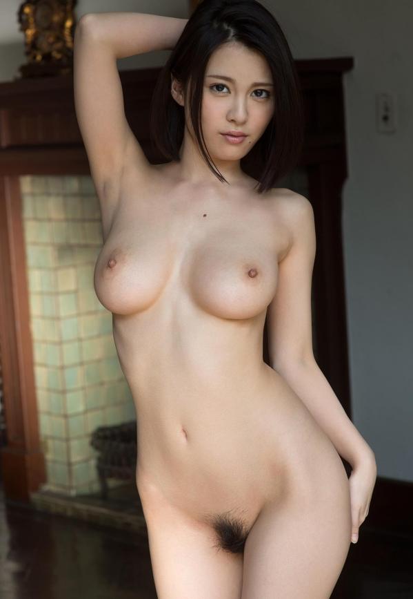 松岡ちな 小柄で美巨乳の美女ヌード画像125枚の113枚目