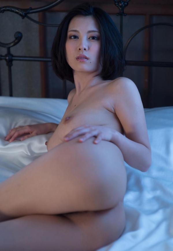松岡ちな 小柄で美巨乳の美女ヌード画像125枚の122枚目