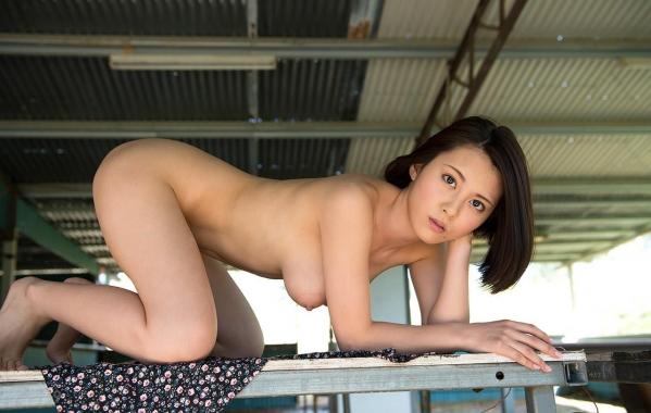松岡ちな SODスター 美巨乳ヌード画像105枚のg001番