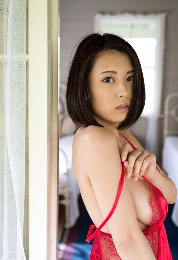 松岡ちな SODスター 美巨乳ヌード画像105枚のh004番
