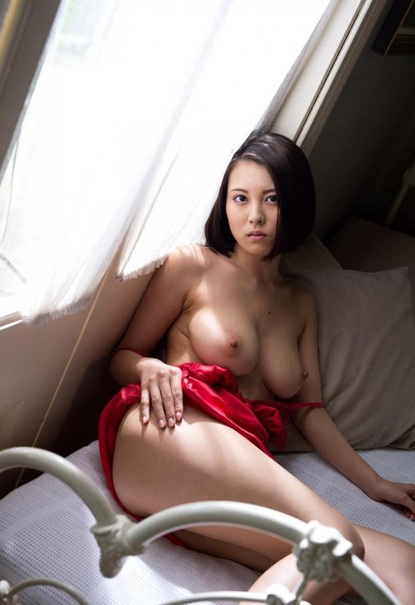 松岡ちな SODスター 美巨乳ヌード画像105枚のi007番