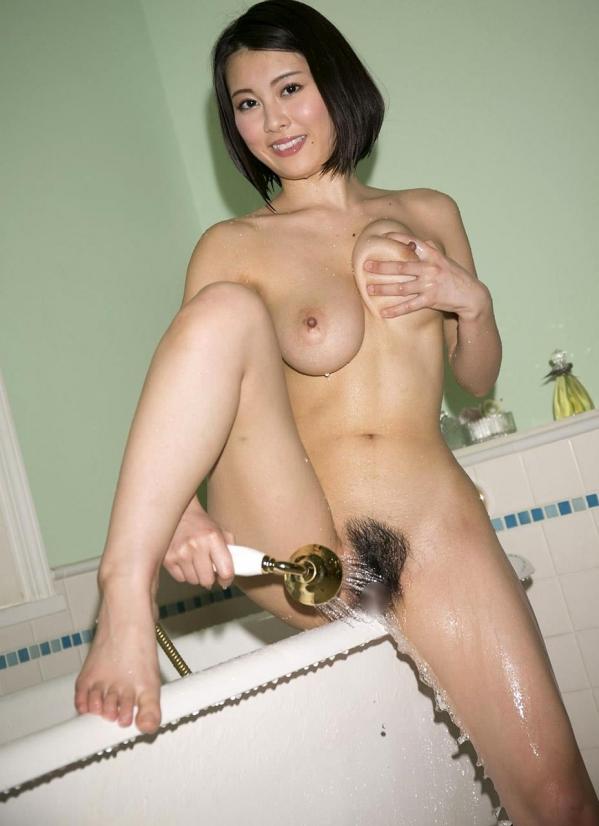松岡ちな SODスター 美巨乳ヌード画像105枚のi016番