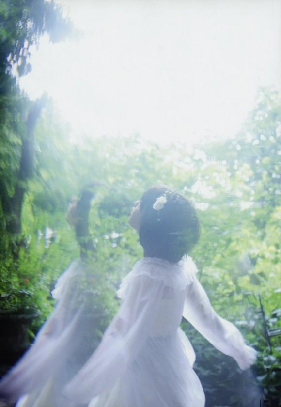 宮脇咲良 AKB48 HKT48 パンチラ 水着 下着 エロ画像a020.jpg