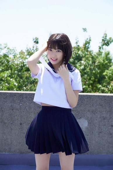 宮脇咲良 AKB48 HKT48 パンチラ 水着 下着 エロ画像b021.jpg
