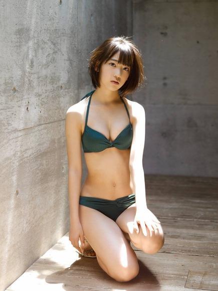 宮脇咲良 AKB48 HKT48 パンチラ 水着 下着 エロ画像b023.jpg