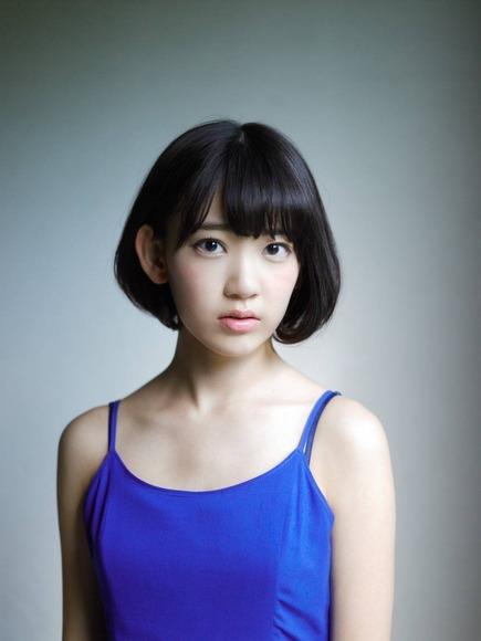 宮脇咲良 AKB48 HKT48 パンチラ 水着 下着 エロ画像b025.jpg