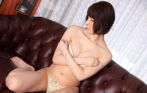 宮崎愛莉 画像b042