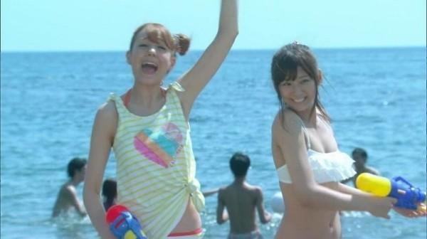 西内まりや 水着で見せるセクシーなBカップ美乳エロカワ画像b008.jpg