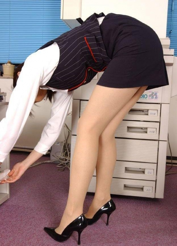 OL 制服 パンチラ フェラ クンニ セックス エロ画像a006.jpg