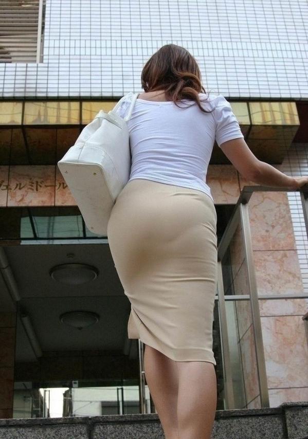 OL 制服 パンチラ フェラ クンニ セックス エロ画像b017.jpg