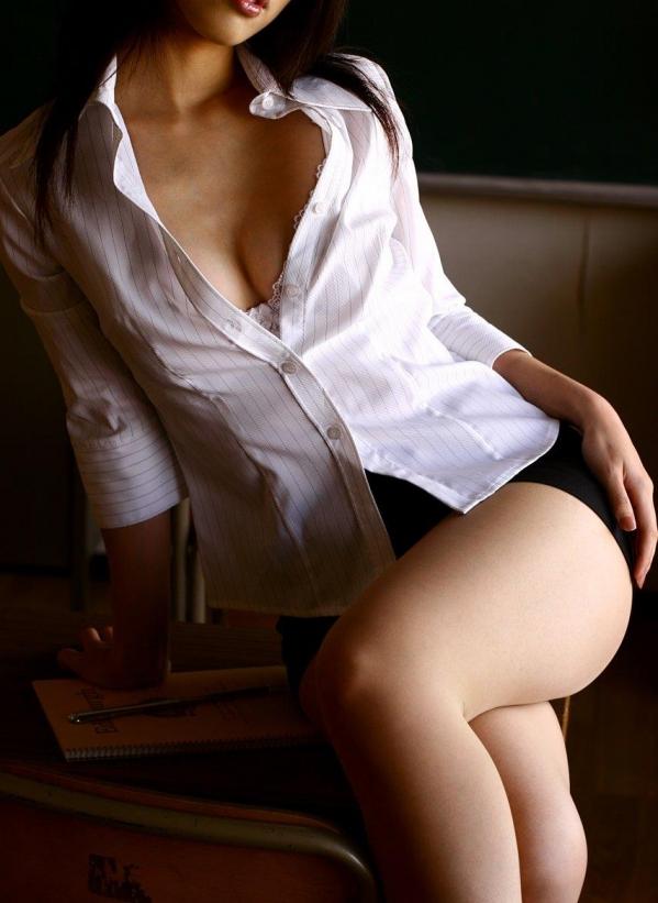 OL 制服 パンチラ フェラ クンニ セックス エロ画像b022.jpg