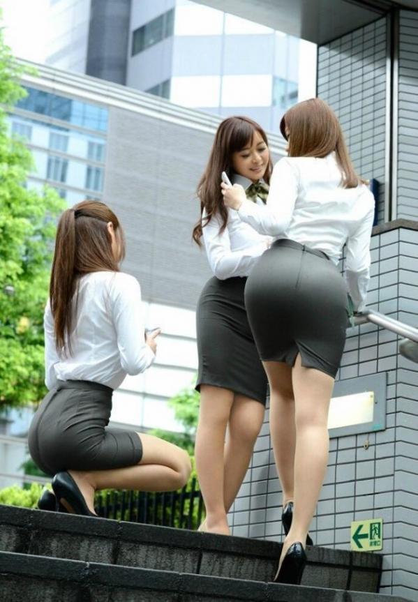 OL 制服 パンチラ フェラ クンニ セックス エロ画像b032.jpg
