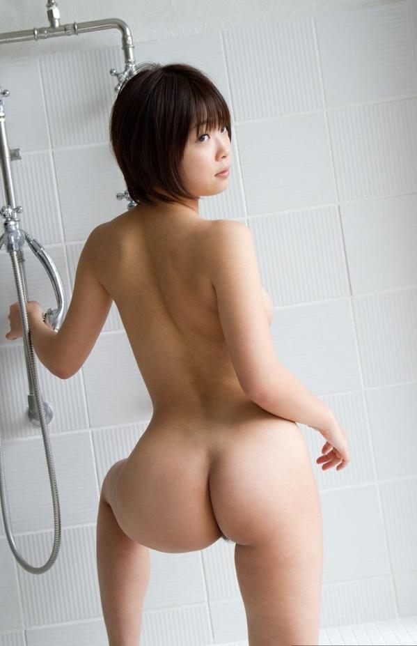 美しいお尻に吸い寄せられる美女のヌード画像70枚の007.jpg