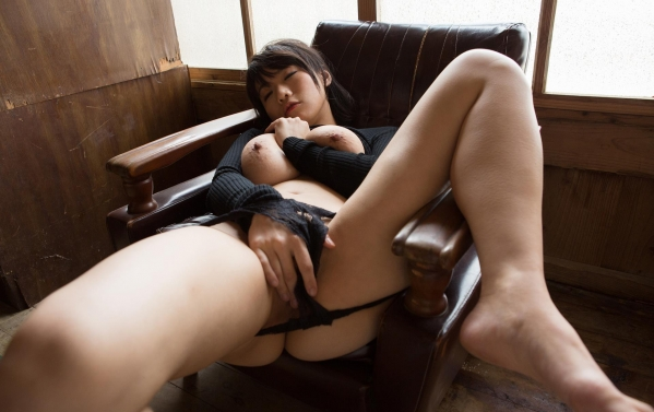AV女優 澁谷果歩 しぶやかほ パイパン 超乳 垂れ乳 エロ画像c064.jpg