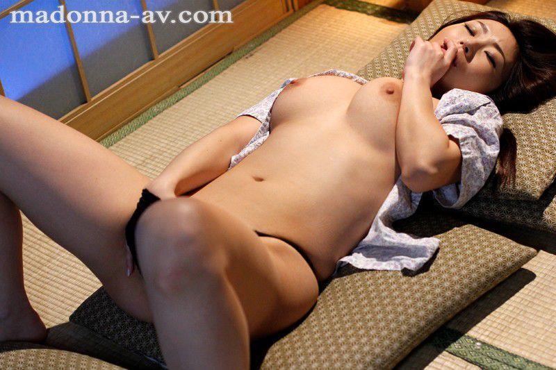AV女優 篠田あゆみ 熟女 フェラ セックス エロ画像a086.jpg