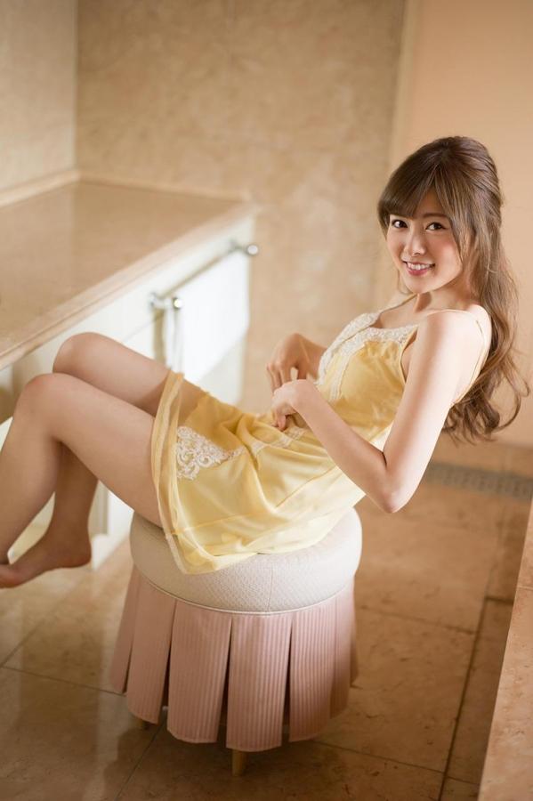 白石麻衣 水着姿が美しすぎるセクシー画像80枚のa005番