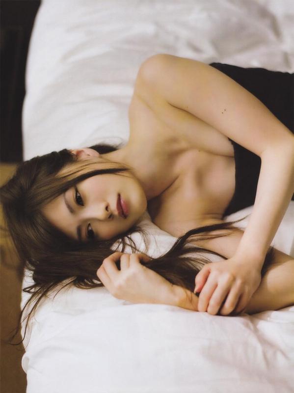 白石麻衣 水着姿が美しすぎるセクシー画像80枚のb015番