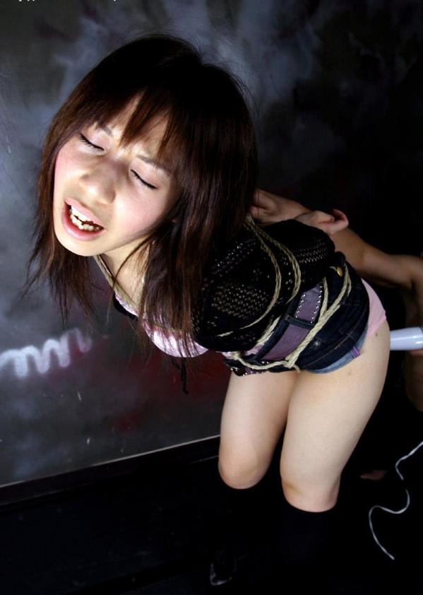 SM画像 女を緊縛して電マや浣腸で責める120枚の024枚目