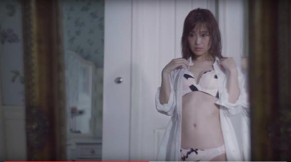 鈴木奈々 セミヌードモデルの美貌!下着水着エロカワ画像60枚a19a.jpg