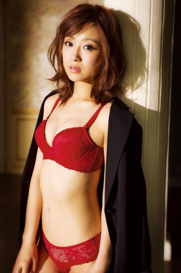 鈴木奈々 セミヌードモデルの美貌!下着水着エロカワ画像60枚a36a.jpg