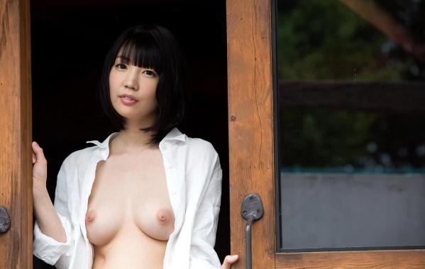 AV女優 鈴木心春 パイパン エロ画像079.jpg