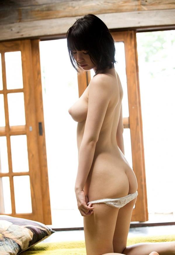 AV女優 鈴木心春 パイパン エロ画像095.jpg