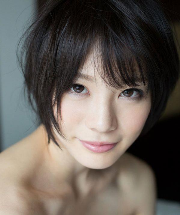 清楚な黒髪AV女優13人ヌードやエロ画像80枚の081枚目