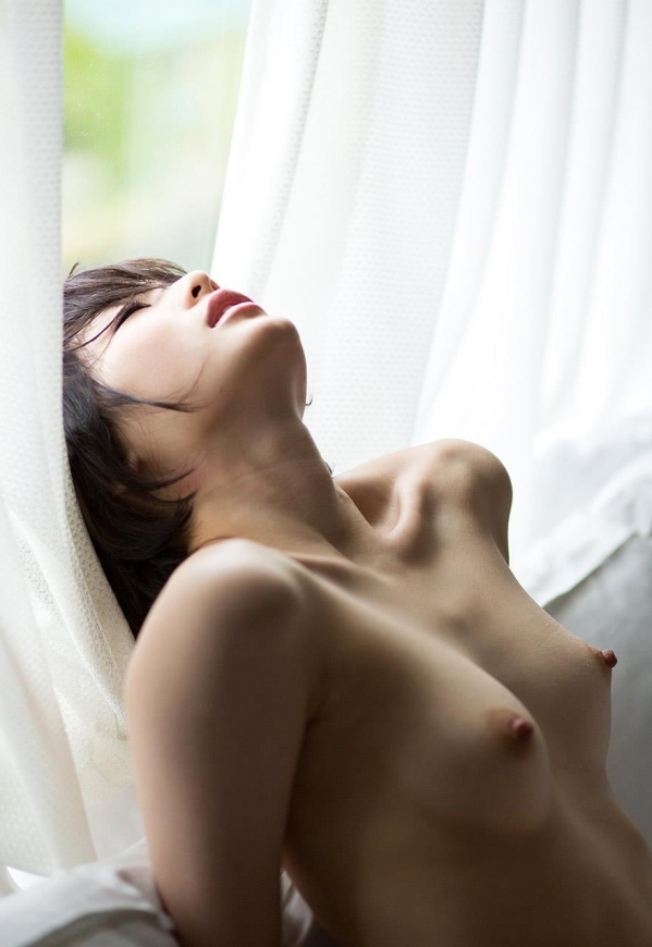 鈴村あいり 高画質 ヌード 画像120枚の023枚目