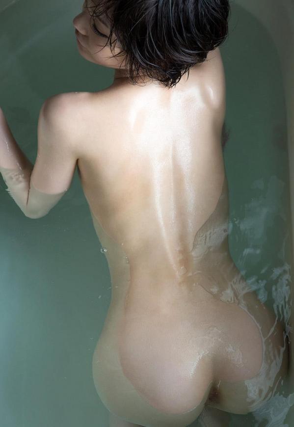鈴村あいり 高画質 ヌード 画像120枚の075枚目