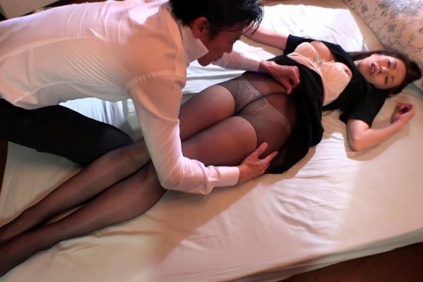 谷原希美 熟女 AV女優 人妻 セックス エロ画像a050.jpg