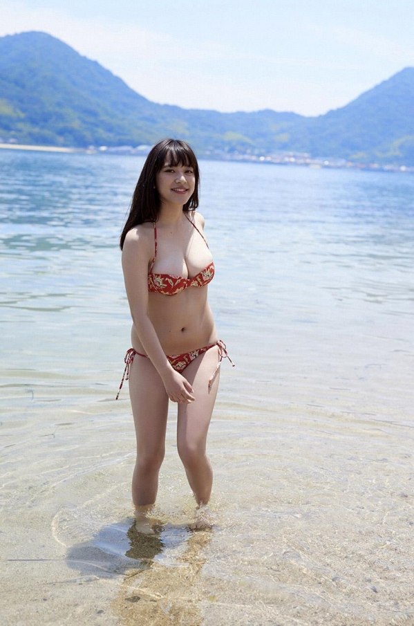 都丸紗也華 水着画像120枚と動画 ビキニから溢れるエロ爆乳a083.jpg