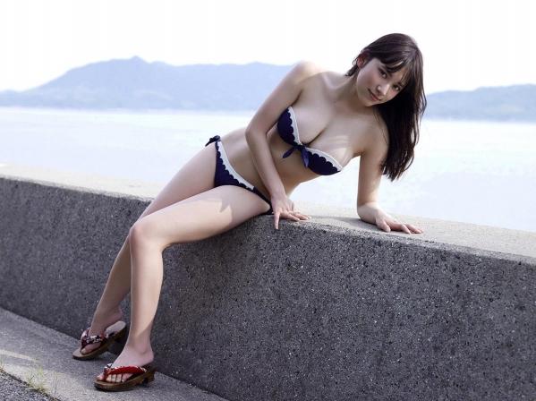 都丸紗也華 水着画像120枚と動画 ビキニから溢れるエロ爆乳a109.jpg