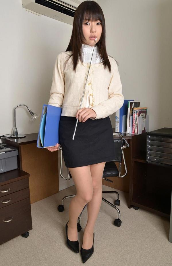 つぼみ着エロ画像60枚 パンスト脱いで誘惑する女教師006.jpg