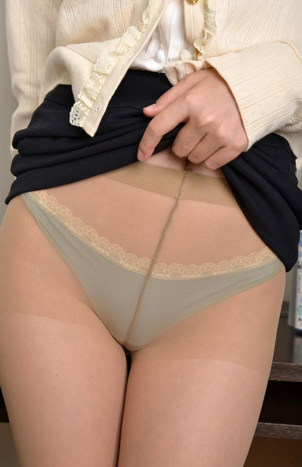 つぼみ着エロ画像60枚 パンスト脱いで誘惑する女教師026.jpg